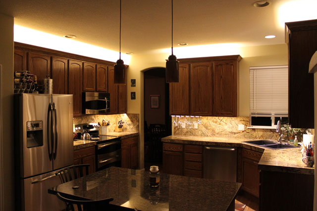 Under Cabinet Lighting |
